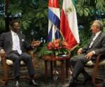 Raúl-Castro-Ruz-Teodoro-Obiang-Nguema-Mbasogo-Presidente-de-Guinea-Ecuatorial-1-580x392